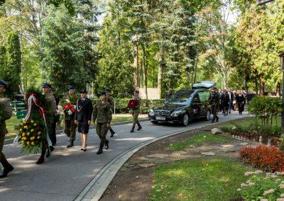 karawan na pogrzebie