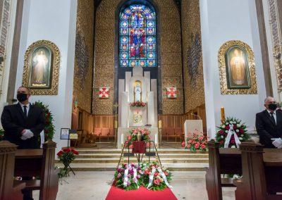 Ceremonia pogrzebowa w kościele
